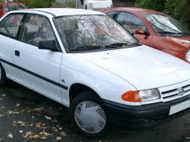 Opel Astra - 1